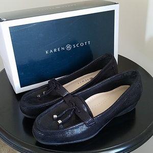 Karen Scott Black Loafers